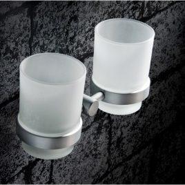 Klara – Tandborsthållare med glas